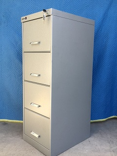 4-Drawer lockable C-Class container